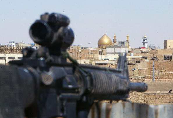 Shi'ite Islam「U.S Military Continues To Fight Shiite Militia In Najaf」:写真・画像(16)[壁紙.com]