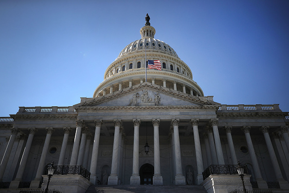 Capitol Building - Washington DC「President Trump Orders Flags To Half Staff After Mass Shooting In Las Vegas」:写真・画像(4)[壁紙.com]