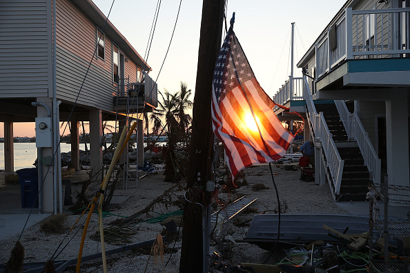Rebuilding「Florida Keys Begin Long Recovery After Direct Hit From Hurricane Irma」:写真・画像(17)[壁紙.com]