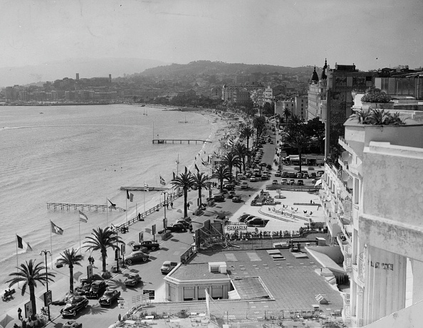 Cool Attitude「Cannes Seafront」:写真・画像(7)[壁紙.com]
