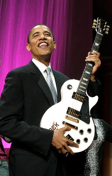 ギブソン・レスポール「12th Annual Rock The Vote Awards」:写真・画像(7)[壁紙.com]