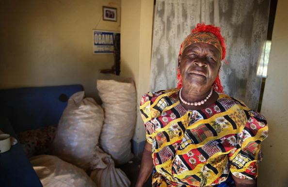 Sarah Obama「Barak Obama's Family Roots In Western Kenya」:写真・画像(0)[壁紙.com]