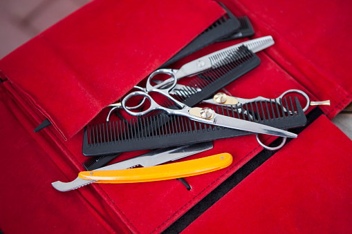 Hairstyle「scissors and combs」:スマホ壁紙(5)