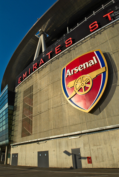 Outdoors「The Emirates Stadium in Ashburton Grove, north London, is the home of Arsenal Football Club. The stadium opened in July 2006, and has an all-seated capacity of 60,432, making it the second largest stadium in the Premiership after Manchester United's Old」:写真・画像(11)[壁紙.com]