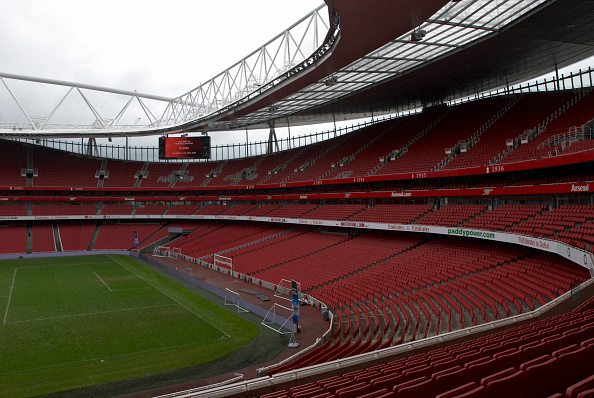 Empty「The Emirates Stadium in Ashburton Grove, north London, is the home of Arsenal Football Club. The stadium opened in July 2006, and has an all-seated capacity of 60,432, making it the second largest stadium in the Premiership after Manchester United's Old」:写真・画像(14)[壁紙.com]