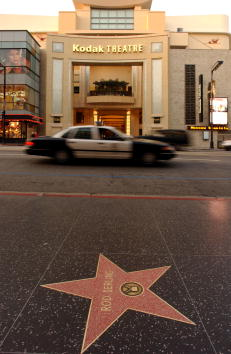 911 Remembrance「Hollywood & Highland to be New Home to Oscar Awards」:写真・画像(9)[壁紙.com]