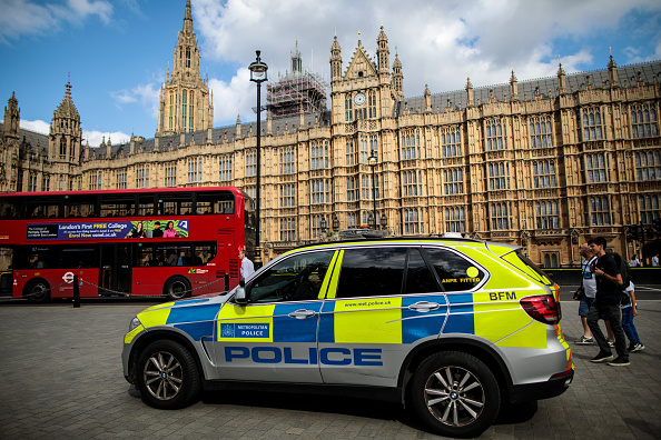 City Of Westminster - London「Pedestrians Injured As Car Crashes Into Security Barriers At Westminster」:写真・画像(12)[壁紙.com]