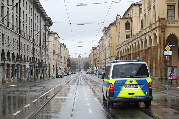 Magnet「Bavaria Starts Dawn-To-Dusk Curfew As Measure To Slow Coronavirus Spread」:写真・画像(1)[壁紙.com]