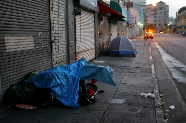 Tent「New Court Ruling Bans Removal Of L.A. Homeless From Public Property」:写真・画像(5)[壁紙.com]