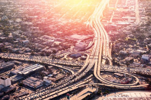 Los Angeles Freeway Rush Hour:スマホ壁紙(壁紙.com)