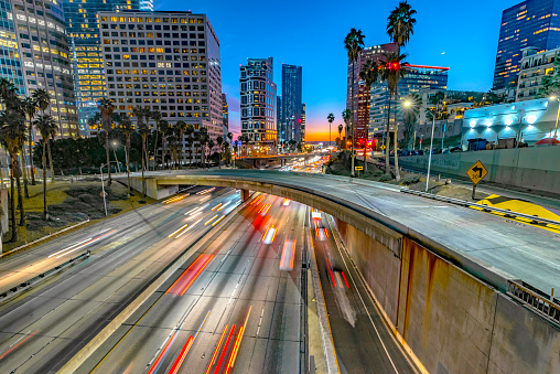 Multiple Lane Highway「Los Angeles Downtown Evening Traffic」:スマホ壁紙(0)