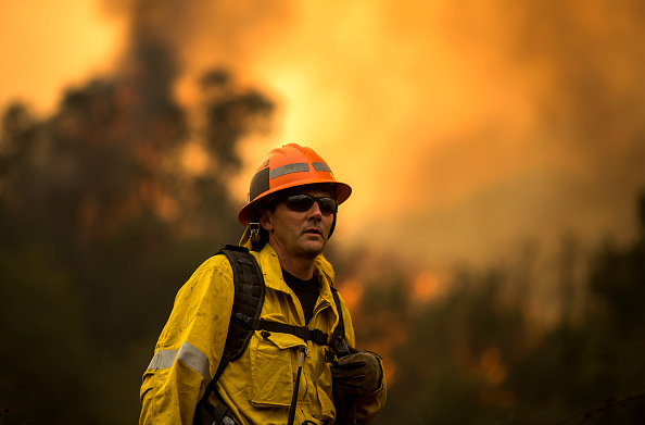David McNew「250,000 Evacuated In Southern California As Woolsey Fire Torches Over 70,000 Acres」:写真・画像(9)[壁紙.com]