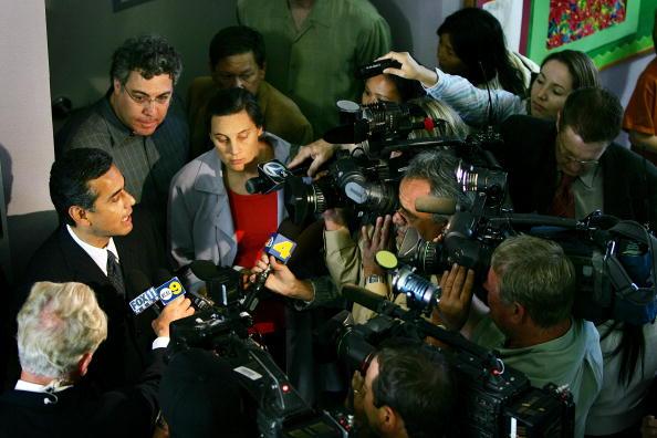 Magnet「LA Mayoral Candidate Antonio Villaraigosa Campaigns」:写真・画像(5)[壁紙.com]