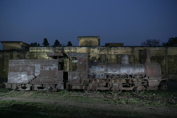 18-19 Years「Rameshwara Jute Mill in Bihar operates this metre gauge F Class built by Sharpe Stewart of Glasgow as their number 4322 of 1897. March 2007.」:写真・画像(3)[壁紙.com]
