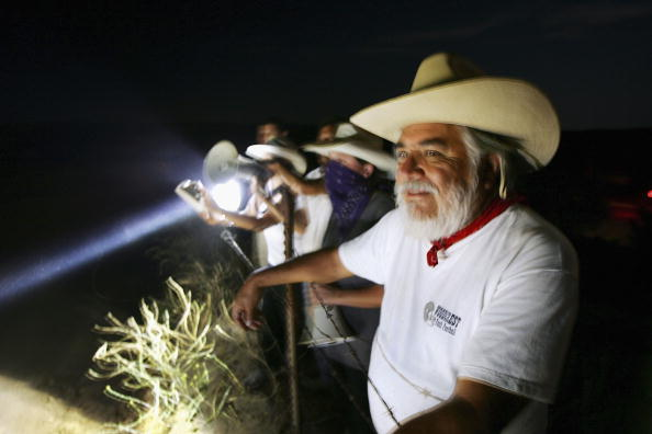 Baja California Peninsula「Minutemen Break-Away Group Patrols California-Mexico Border」:写真・画像(12)[壁紙.com]