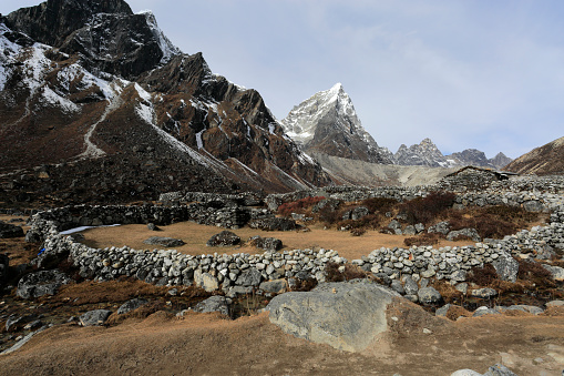 Khumbu「The ruins of the old Pheriche village」:スマホ壁紙(16)