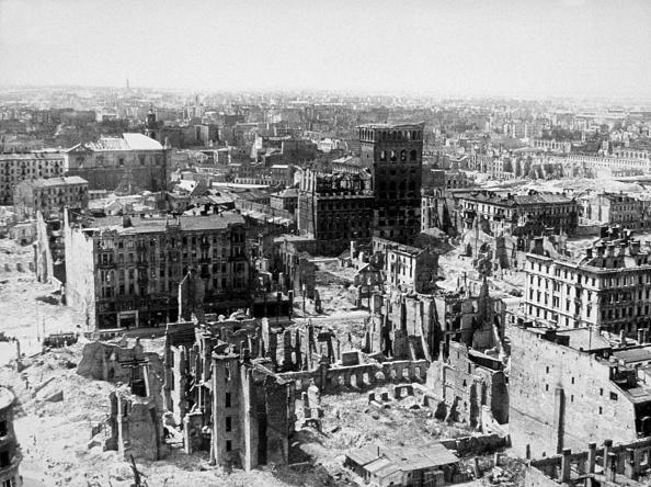 World War II「Warsaw In Ruins」:写真・画像(16)[壁紙.com]