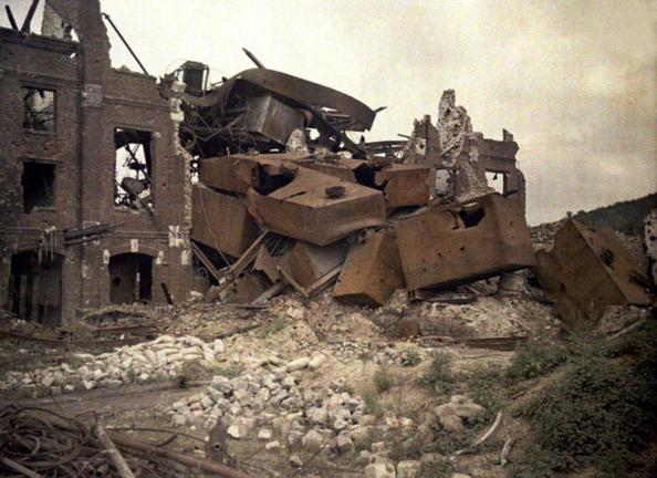 Damaged「Damaged distillery」:写真・画像(12)[壁紙.com]