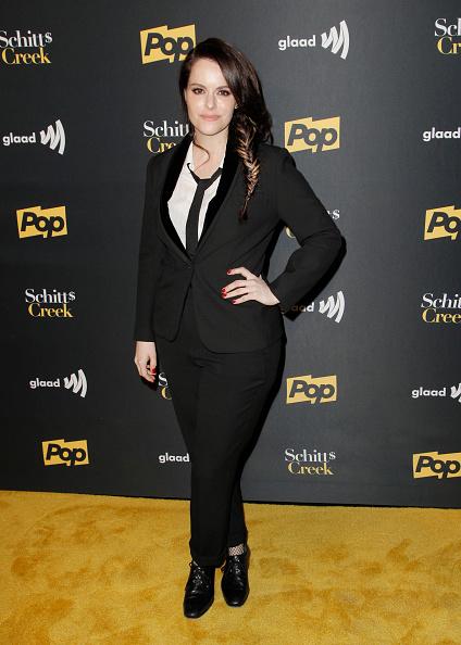 トピックス「Premiere Of Pop TV's 'Schitt's Creek' Season 4 - Arrivals」:写真・画像(18)[壁紙.com]