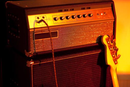 Rock Music「Bass Guitar Amplifier」:スマホ壁紙(1)