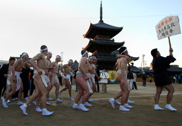 Japan「Saidaiji Temple Naked Festival Takes Place」:写真・画像(11)[壁紙.com]