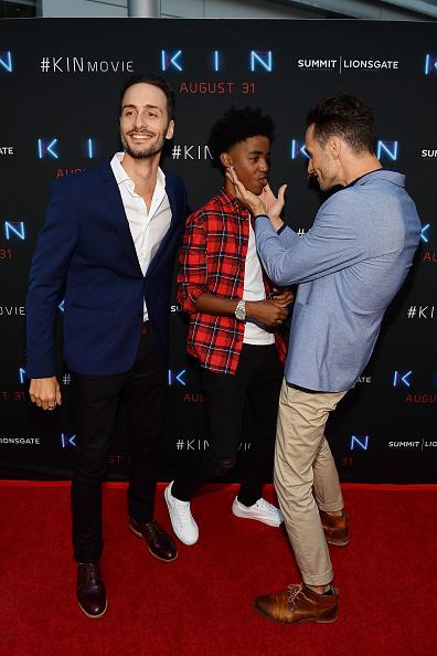 サミットエンターテイメント「Premiere Of Summit Entertainment And Lionsgate's 'KIN' - Arrivals」:写真・画像(3)[壁紙.com]