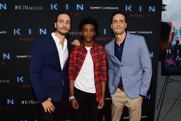 サミットエンターテイメント「Premiere Of Summit Entertainment And Lionsgate's 'KIN' - Arrivals」:写真・画像(4)[壁紙.com]