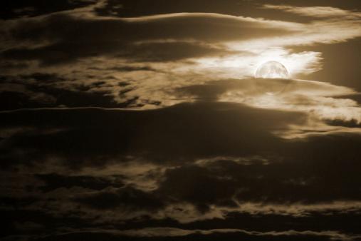 月「と満月の夜」:スマホ壁紙(9)