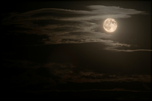 月「と満月の夜」:スマホ壁紙(6)