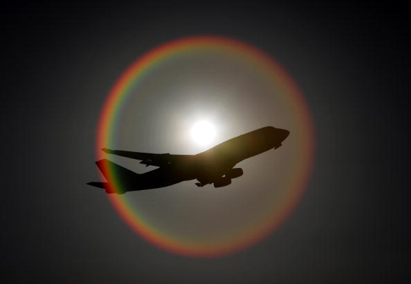 飛行機「An Aeroplane Departs London Heathrow Airport」:写真・画像(16)[壁紙.com]