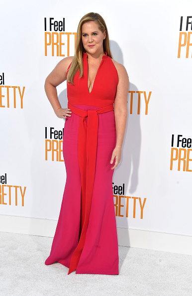 映画プレミア「Premiere Of STX Films' 'I Feel Pretty' - Arrivals」:写真・画像(3)[壁紙.com]