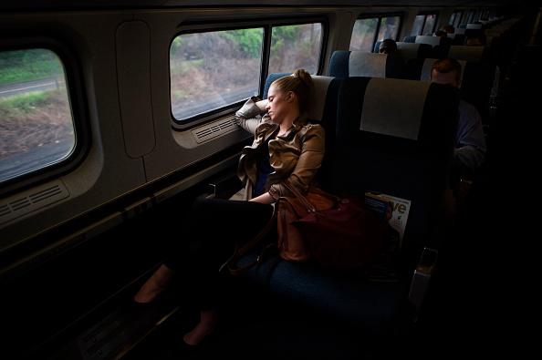 Philadelphia - Pennsylvania「Amtrak Resumes Service On Busy Northeast Corridor After Deadly Train Crash」:写真・画像(17)[壁紙.com]