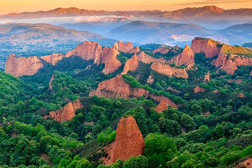 UNESCO「Las Medulas ancient roman gold mining site Len province Spain」:スマホ壁紙(9)