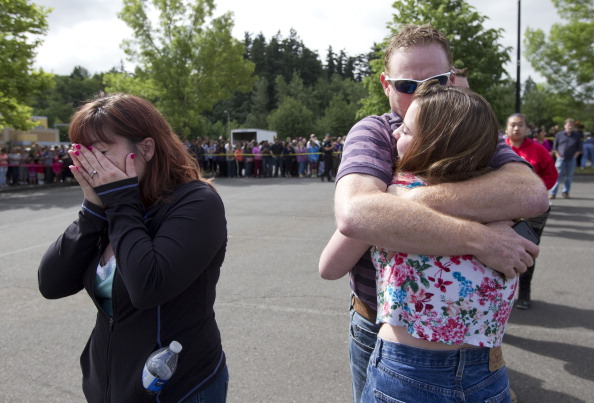 High School Student「Shooting At Reynolds High School Outside Of Portland, Oregon」:写真・画像(1)[壁紙.com]