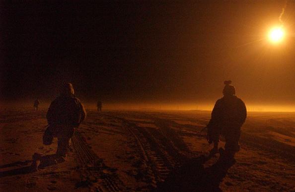 Middle East「U.S. Troops Train Near Iraqi Border In Kuwait」:写真・画像(0)[壁紙.com]