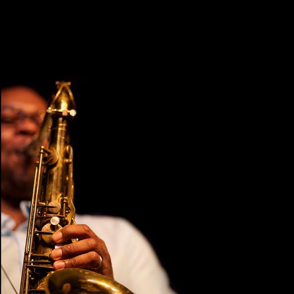 Copy Space「Ravi Coltrane, 2013」:写真・画像(10)[壁紙.com]