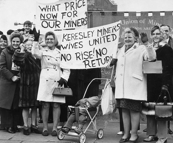 Miner「Lipstick Slogans」:写真・画像(16)[壁紙.com]