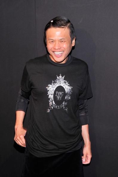 Stephen Lovekin「Zang Toi - Backstage - Mercedes-Benz Fashion Week Spring 2014」:写真・画像(13)[壁紙.com]
