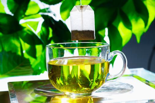 朗らか「'Cup of green tea,close-up'」:スマホ壁紙(17)
