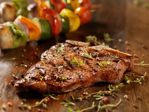 T-bone Steak「Porterhouse Steak with Fresh Herbs」:スマホ壁紙(7)
