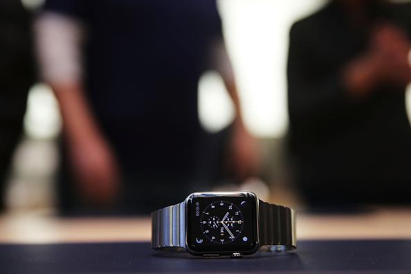 Apple Watch「Apple Previews Its New iWatch」:写真・画像(13)[壁紙.com]