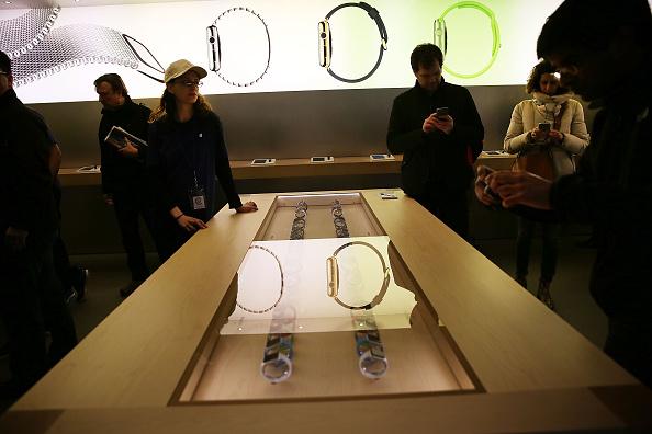 Apple Watch「Apple Previews Its New iWatch」:写真・画像(14)[壁紙.com]