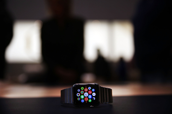 Apple Watch「Apple Previews Its New iWatch」:写真・画像(14)[壁紙.com]