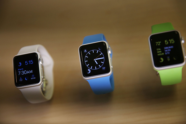 Apple Watch「Apple Previews Its New iWatch」:写真・画像(16)[壁紙.com]