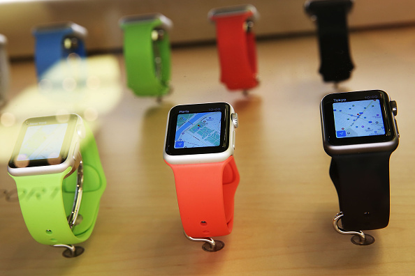 Apple Watch「Apple Previews Its New iWatch」:写真・画像(15)[壁紙.com]