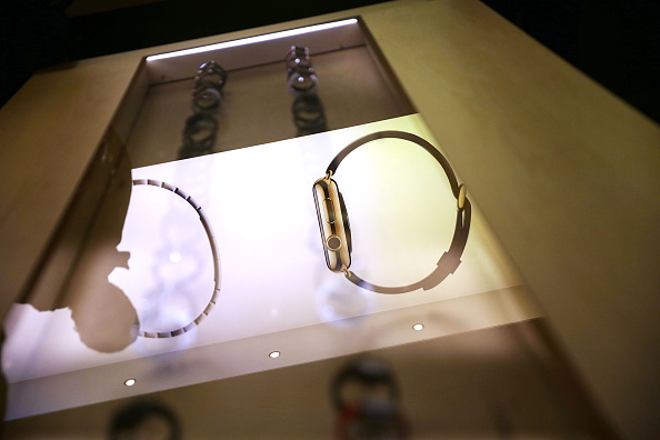 Apple Watch「Apple Previews Its New iWatch」:写真・画像(17)[壁紙.com]