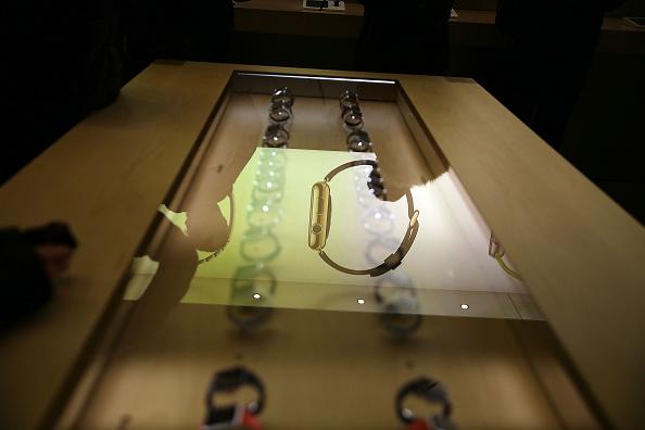 Apple Watch「Apple Previews Its New iWatch」:写真・画像(18)[壁紙.com]