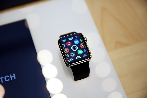 Apple Watch「Apple Previews Its New iWatch」:写真・画像(18)[壁紙.com]