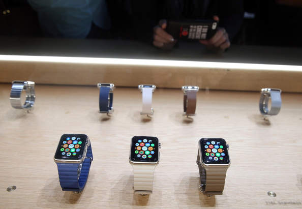 Apple Watch「Apple Unveils iPhone 6」:写真・画像(6)[壁紙.com]