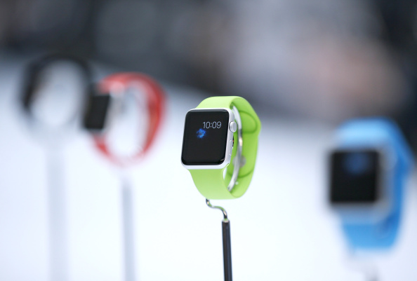 Apple Watch「Apple Unveils iPhone 6」:写真・画像(8)[壁紙.com]